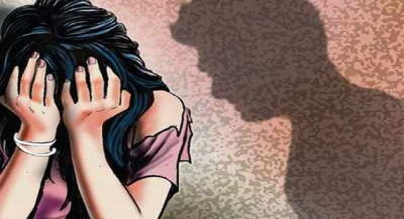 Mumbai: Pilot, booked for, raping model cum TV actor