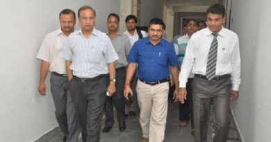 400 IT officers stand equipped to monitor black money flow in Gujarat during Lok Sabha polls..!